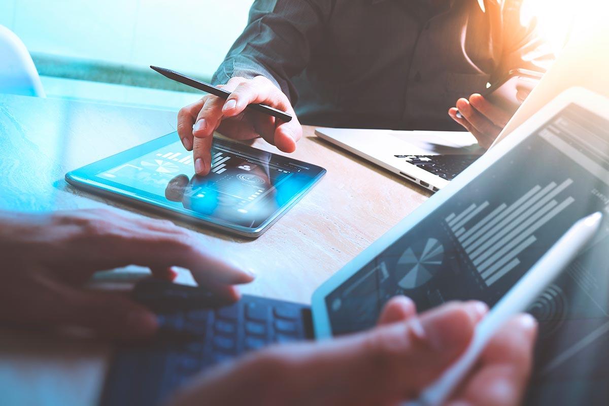 Curso práctico sobre actualización y mejora de un plan comercial